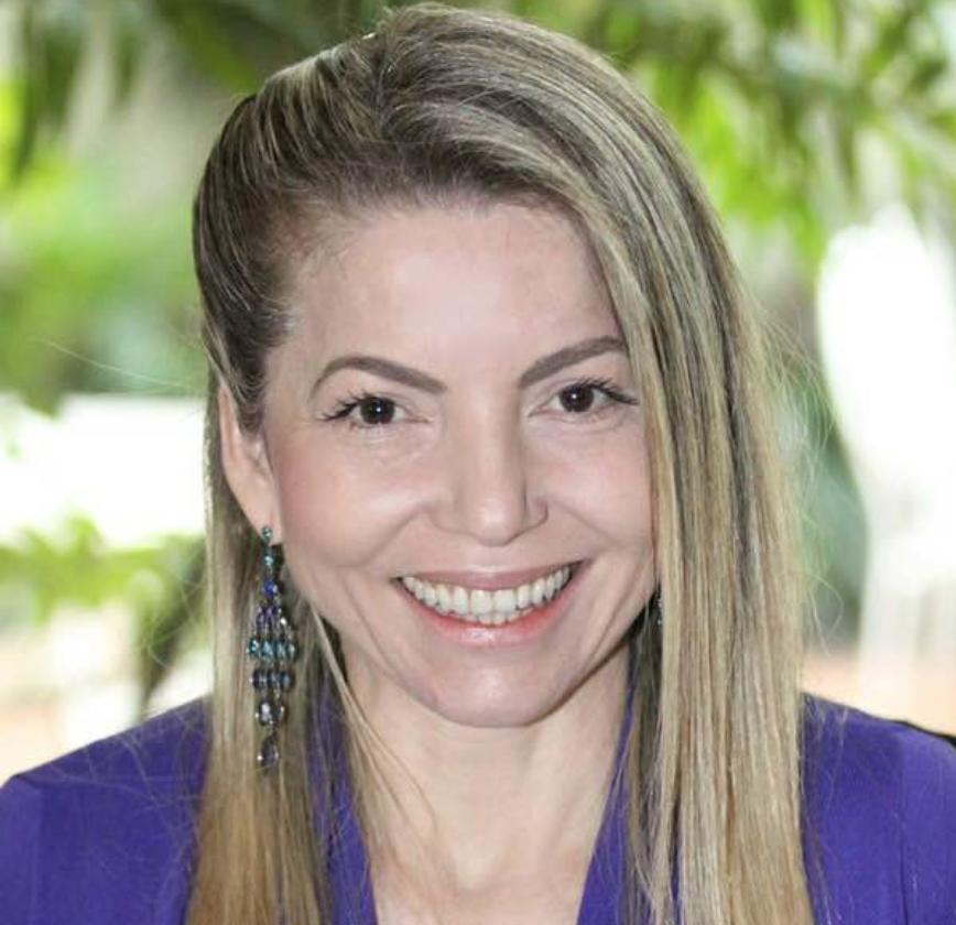 Reliane de Carvalho - Hipnoterapeuta Insónias